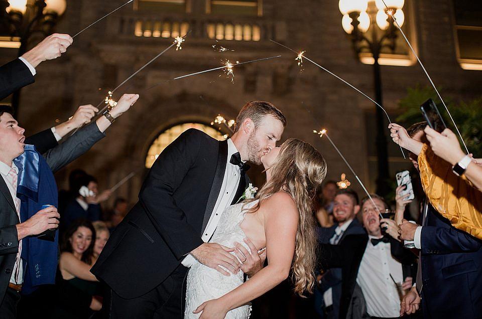 Kyle & Erica 10.10.20 Downtown Lexington Wedding  | Louisville, KY Wedding Photographer
